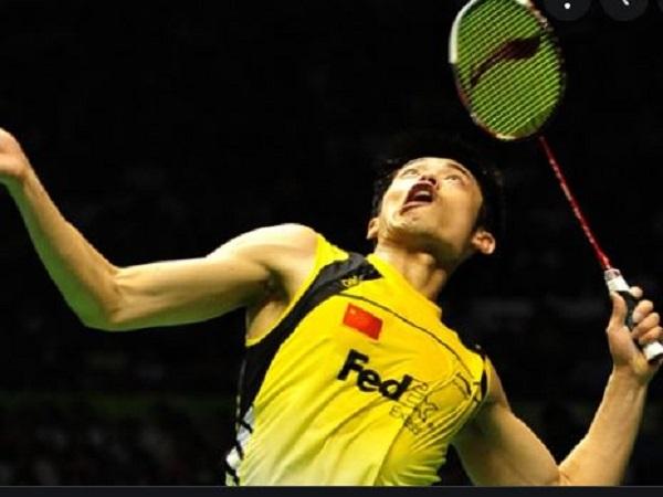 Cách cầm vợt cầu lông lúc Smash (đập cầu)